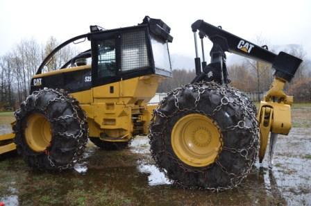 2002 CAT 525C Skidder for Sale in NH