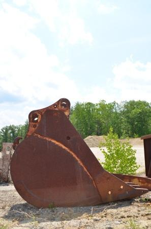 CAT 225 Digging Bucket for sale in NH