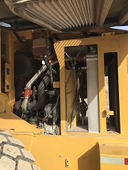 CAT 928G Loader Engine Compartment