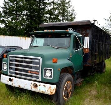 international 1954 dump truck for sale in nh used connections llc. Black Bedroom Furniture Sets. Home Design Ideas