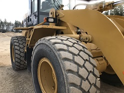 Michelin Tires on CAT 928G Loader